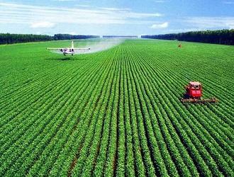 """黑龙江农业产业与互联网深度融合见成效—— 黑土地上耕种""""智慧田"""""""